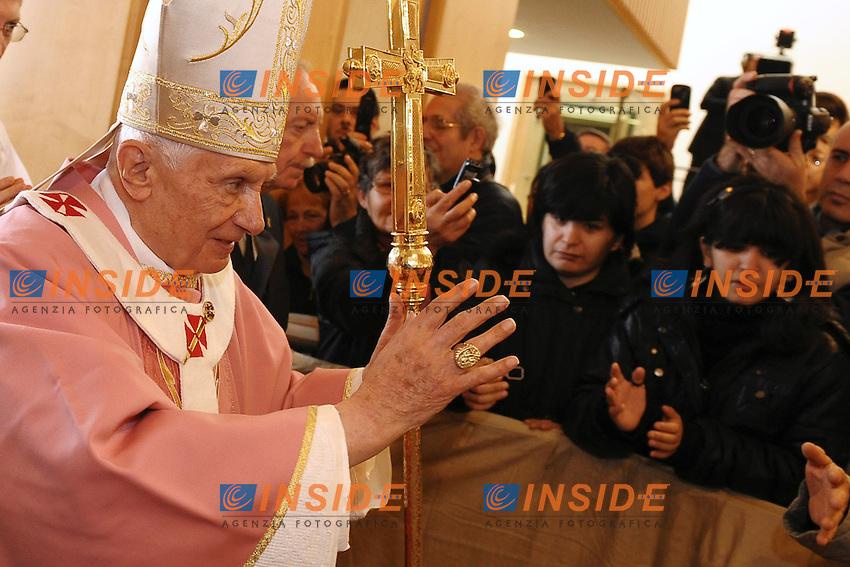 """Benedetto XVI -  Benedict XVI.Joseph Ratzinger.Roma 11/12/2011 .Visita pastorale di Papa Benedetto XVI alla parrocchia di Santa Maria delle Grazie.mass in the """"Santa Maria delle Grazie"""" parish church in Rome.Foto Insidefoto Andrea Staccioli"""