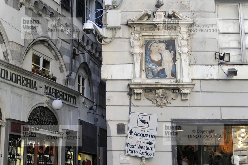 Genova, piazza Fossatello
