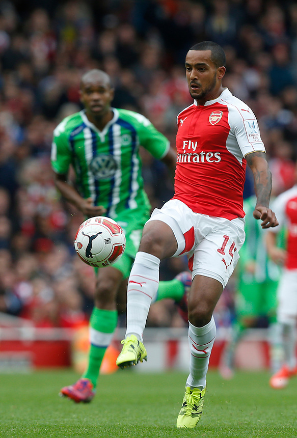Arsenal's Theo Walcott<br /> <br /> Photographer Kieran Galvin/CameraSport<br /> <br /> Football - Emirates Cup - Arsenal v Wolfsburg - Sunday 26th July 2015 - Emirates Stadium - London <br /> <br /> &copy; CameraSport - 43 Linden Ave. Countesthorpe. Leicester. England. LE8 5PG - Tel: +44 (0) 116 277 4147 - admin@camerasport.com - www.camerasport.com