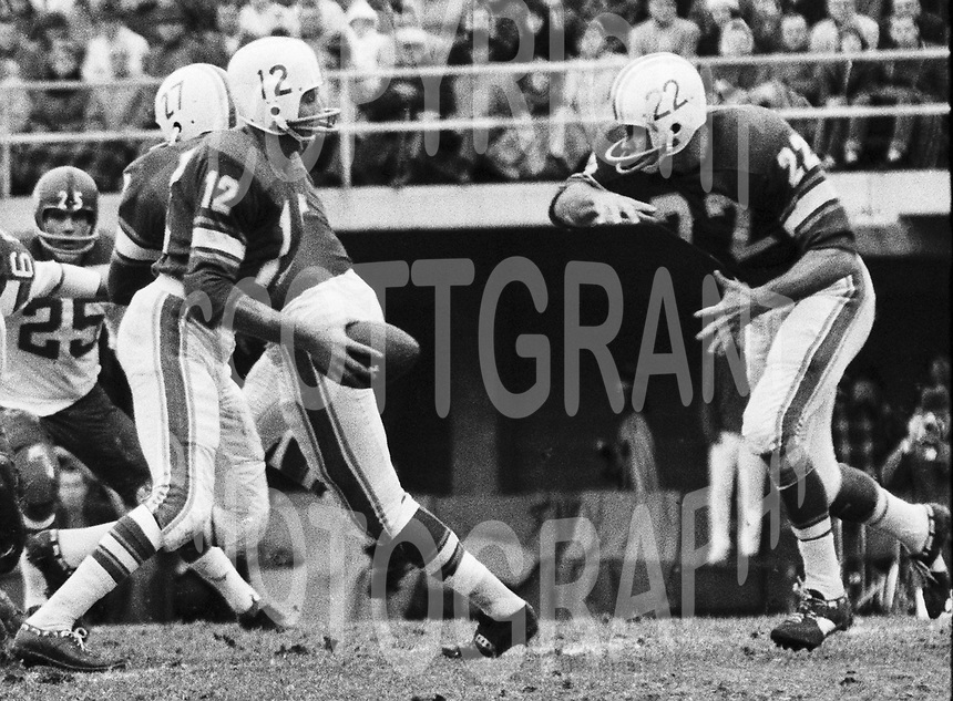 Jackie Parker Quarterback and Dick Shatto Toronto Argonauts 1963 Copyright photograph Ted Grant