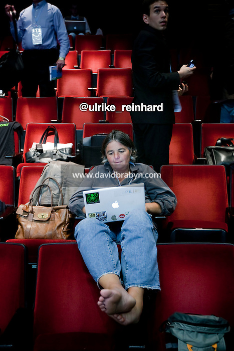 Ulrike Reinhard (@ulrike_reinhard) works on her computer during a break at the 140 Character conference in New York City, USA, 16 June 2009.