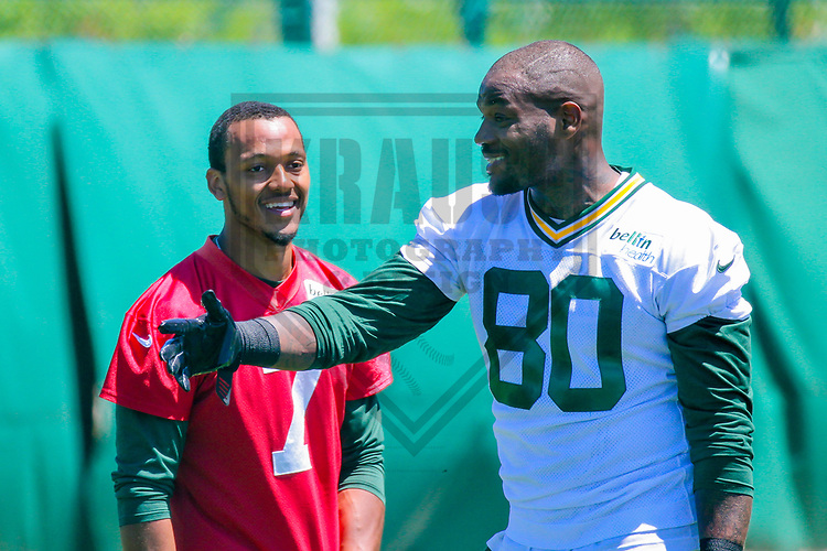 Green Bay Packers quarterback Brett Hundley (7) and tight end Martellus Bennett (80) during an OTA on June 6, 2017 at Clarke Hinkle Field in Green Bay, Wisconsin. (Brad Krause/Krause Sports Photography)
