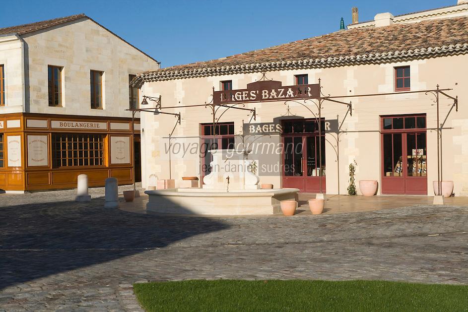"""Europe/fFrance/Aquitaine/33/Gironde/Pauillac: Au hameau de Bages  le  Bages's Bazar et en fond la boulangerie Boulangerie """"Le Baba d'Andréa"""" créés par Jean-Michel Cazes"""
