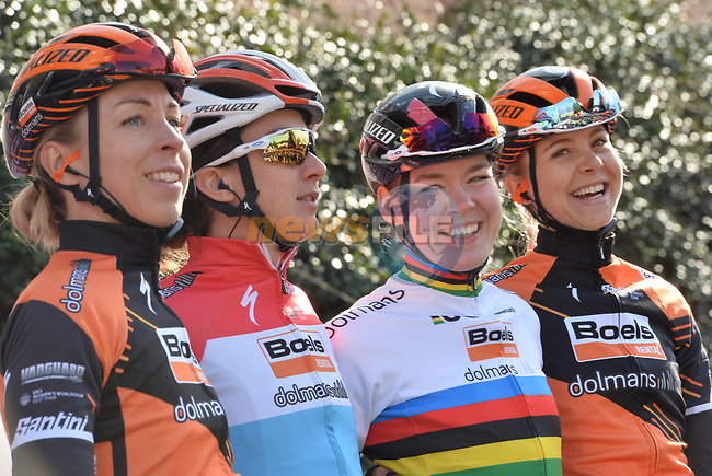 World Champion Anna Van der Breggen (NED) and Boels Dolmans at sign on before the start of the Strade Bianche Women Elite 2019 running 133km from Siena to Siena, held over the white gravel roads of Tuscany, Italy. 9th March 2019.<br /> Picture: LaPresse/Gian Matteo D'Alberto | Cyclefile<br /> <br /> <br /> All photos usage must carry mandatory copyright credit (© Cyclefile | LaPresse/Gian Matteo D'Alberto)