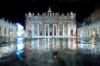 St Peter's Basilica at the Vatican            .during the Christmas Midnight Mass Pope Benedict XVI celebrates, December. 25, 2009     ...