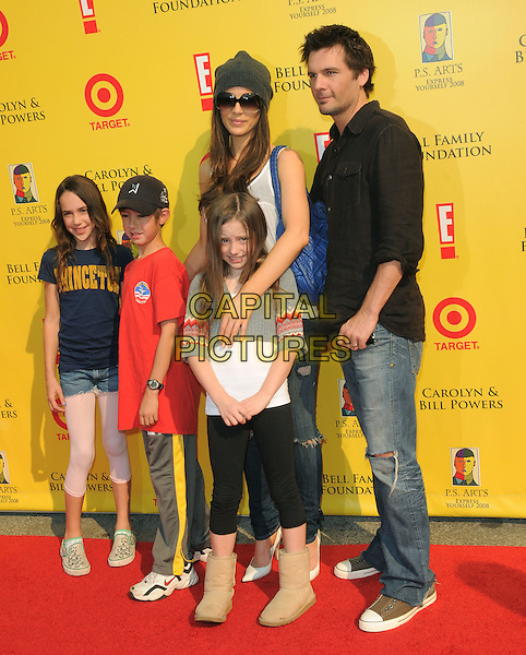 KATE BECKINSALE, LEN WISEMAN, Daughter LILY SHEEN & Guests .at The 2008 P.S. Arts' Express Yourself sponsored by Target held at Barker Hangar in Santa Monica, California, USA,  November 16th 2008.                                                                     .Full length family husband wife grey gray beanie hat sunglasses jeans black shirt ugg boots .CAP/DVS.©Debbie VanStory/Capital Pictures