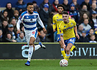Leeds United's Jamie Shackleton breaks away fromQueens Park Rangers' Jordan Cousins<br /> <br /> Photographer Andrew Kearns/CameraSport<br /> <br /> The Emirates FA Cup Third Round - Queens Park Rangers v Leeds United - Sunday 6th January 2019 - Loftus Road - London<br />  <br /> World Copyright &copy; 2019 CameraSport. All rights reserved. 43 Linden Ave. Countesthorpe. Leicester. England. LE8 5PG - Tel: +44 (0) 116 277 4147 - admin@camerasport.com - www.camerasport.com