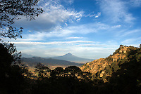 Spectacular views of Popo and Iztla during a walk with Lucas in Cuatepetitla, San Jose de los Laureles, Mexico