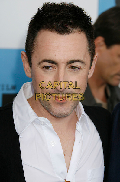 ALAN CUMMING .The 2007 Independent Spirit Awards held at the Santa Monica Pier, Santa Monica, California, USA..February 24th, 2007.headshot portrait .CAP/ADM/RE.©Russ Elliot/AdMedia/Capital Pictures