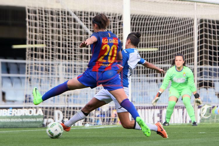 Spanish Women's Football League Iberdrola 2016/17 - Game: 21.<br /> FC Barcelona vs RCD Espanyol: 5-0.<br /> Olga Garcia vs Elba Verges.