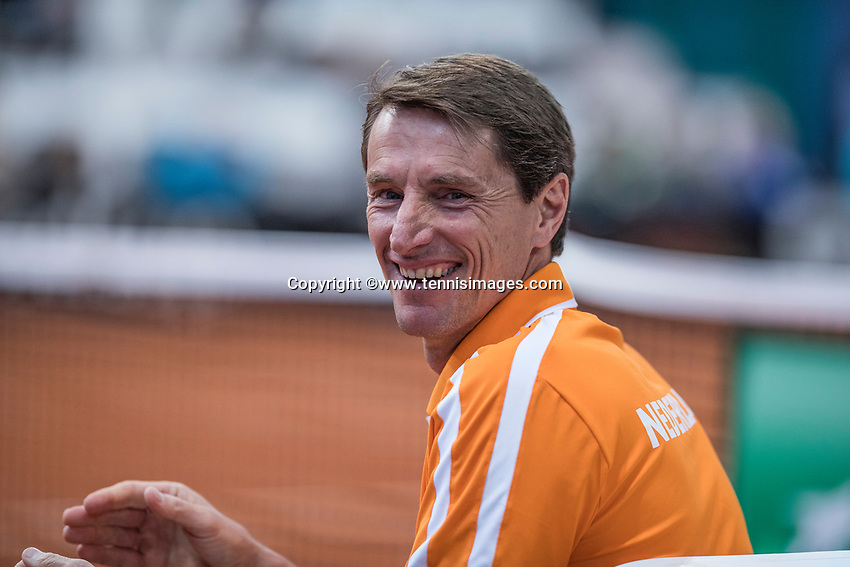 Bratislava, Slovenia, April 23, 2017,  FedCup: Slovakia-Netherlands,seccond rubber sunday,  Dutch Captain Paul Haarhuis<br /> Photo: Tennisimages/Henk Koster