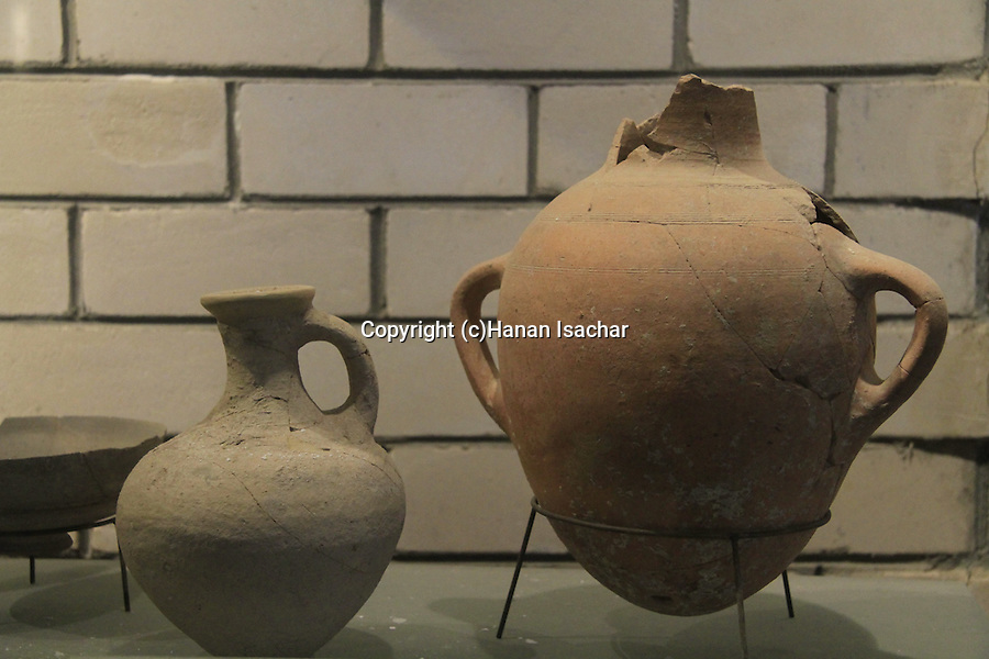 Israel, Upper Galilee, the Archaeological Museum of Hatzor at kibbutz Ayelet Hashachar, jars from the Canaanite period, 18th-17th centuries B.C, bronze age