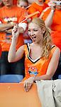 Nederland, Rotterdam, 30 mei 2012.Oefeninterland .Nederland-Slowakije .Een supporter van Nederland zwaait met een vlaggetje.