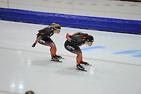 SCHAATSEN: HEERENVEEN: 24-10-2014, IJsstadion Thialf, Topsporttraining, Carlijn Achtereekte, Antoinette de Jong, ©foto Martin de Jong