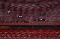 SÃO PAULO, SP, 10 DE JULHO DE 2013 - CAMPEONATO BRASILEIRO - SÃO PAULO x BAHIA: Pouco publico pagante durante São Paulo x Bahia, partida antecipada válida pela 11ª rodada do Campeonato Brasileiro de 2013, disputada no estádio do Morumbi em São Paulo. FOTO: LEVI BIANCO - BRAZIL PHOTO PRESS.