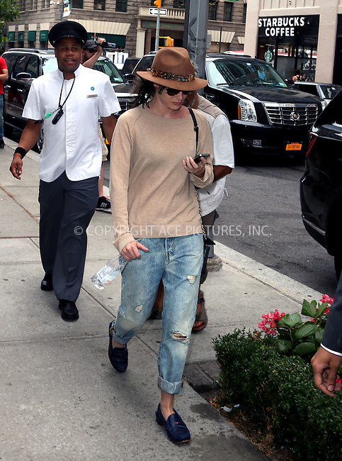 ACEPIXS.COM<br /> <br /> August 12 2014, New York City<br /> <br /> Actress Lizzy Caplan leaves a downtown hotel on August 12 2014 in New York City<br /> <br /> <br /> By Line: Zelig Shaul/ACE Pictures<br /> <br /> ACE Pictures, Inc.<br /> www.acepixs.com<br /> Email: info@acepixs.com<br /> Tel: 646 769 0430