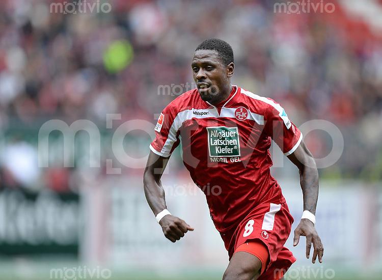 Fussball  2. Bundesliga  Saison 2013/2014  9. Spieltag 1. FC Kaiserslautern - TSV 1860 Muenchen          29.09.2013 Mohamadou Idrissou (1. FC Kaiserslautern)