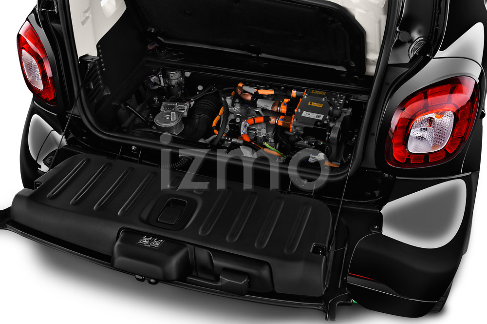 Car stock 2018 Smart fortwo Greenflash 3 Door Hatchback engine high angle detail view
