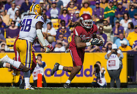 NWA Democrat-Gazette/BEN GOFF @NWABENGOFF<br /> Will Gragg, Arkansas tight end, runs after a catch in the third quarter Saturday, Nov. 11, 2017 at Tiger Stadium in Baton Rouge, La.