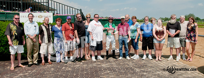 Vicky Ticky Tavie winning at Delaware Park on 6/17/13