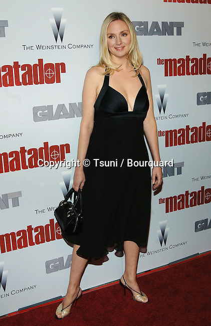 Hope Davis arriving at THE MATADOR Premiere at the Westwood Crest Theatre in Los Angeles. December 11, 2005.