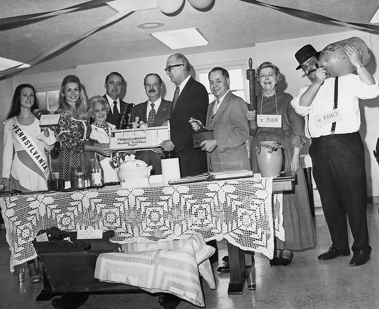 Pennsylvania meeting at Capitol Hill Club, Karmer Heylett-Chery Powarn Princess - Pennsylvania, Miss Sen Scott - Pa., Allen Mulatwon, Sen. Hugh Scott, R-Pa., Christian Dwarty - President Pennsylvania State for Rep. Sally Greank, and Rep. Jim Speakman. 1959 (Photo by CQ Roll Call)