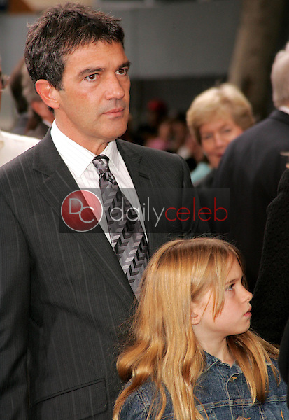 Antonio Banderas and daughter<br />