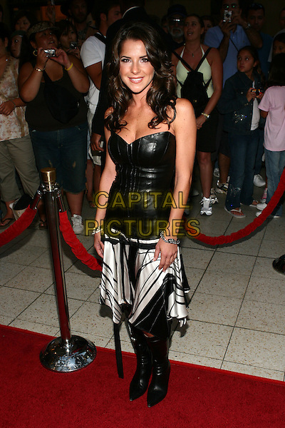 31 August 2005 - Hollywood, California - Kelly Monaco.  2005 World Music Awards Arrivals held at the Kodak Theatre.  Photo Credit: Zach Lipp/AdMedia