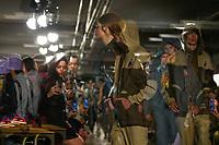 LISBOA, PORTUGAL, 06.03.2020 - MODA-LISBOA - Modelo durante desfile da grife Duarte em Lisboa, Portugal, nesse sexta 06. (Foto: Bruno de Carvalho/Brazil Photo Press)