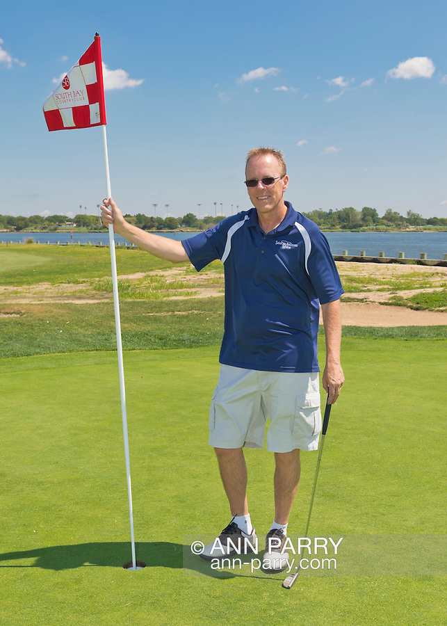 Oceanside, New York, USA. 2nd August 2013. ROBERT SEAMAN, of FREEPORT, is golfing at South Bay Country Club.<br /> | You/Your Property in photo? Mention that when you use CONTACT page: http://ann-parry.photoshelter.com/contact