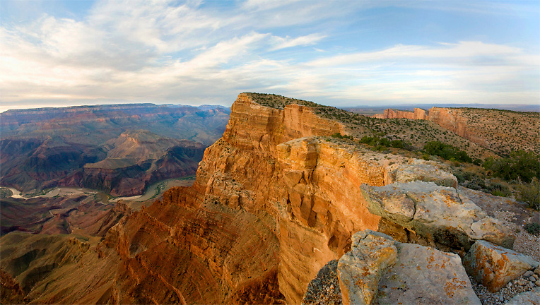 Panoramic view of Comanche Point, the highest point on the south rim of Grand Canyon. This feature is easily seen from many points in the canyon and on the rim.