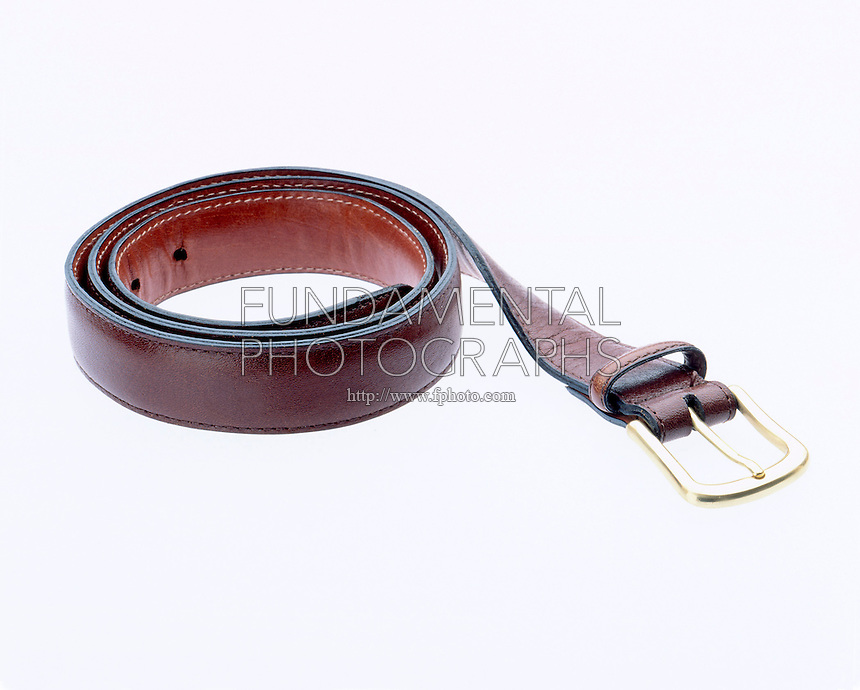 APPROXIMATE METRIC LENGTH- MAN'S BELT<br />