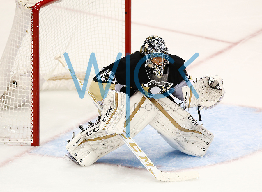 Marc Andre-Fleury #29 of the Pittsburgh Penguins in action against the Colorado Avalanche at Consol Energy Center on November 19, 2015. (Photo by Jared Wickerham/DKPittsburghSports)