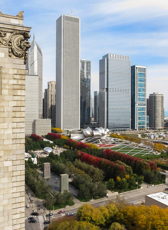 Fall foliage surrounds the Cloud Gate sculpture, the Jay Pritzker Pavilion and the Crown Fountain in downtown Chicago's Millennium Park. (DePaul University/Jamie Moncrief)