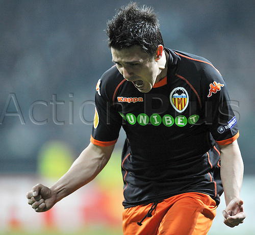 Valencia's David Villa celebrates the goal which put his side in the lead 3-1 during the Euro League round, Werder Bremn vs CF Valencia at Weserstadium in Bremen, Germany, 18 March 2010. The match ended 4-4, Valencia went on to the quarter finals. Actionplus. Editorial Use UK.