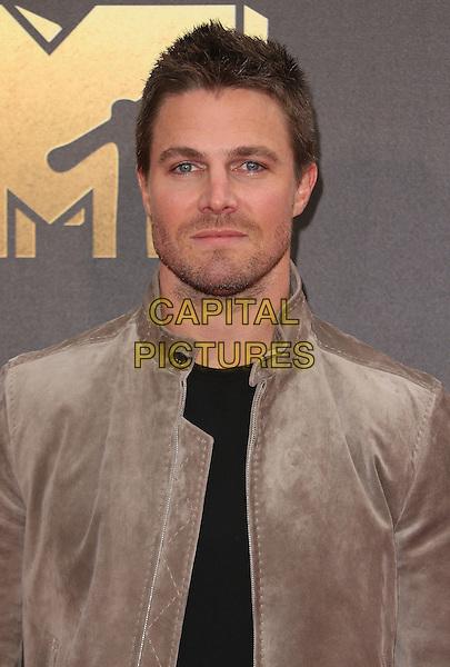 09 April 2016 - Burbank, California - Robbie Amell. 2016 MTV Movie Awards held at Warner Bros. Studios. <br /> CAP/ADM/SAM<br /> &copy;SAM/ADM/Capital Pictures