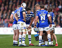 Charlie Ewels of Bath Rugby speaks to his team-mates. Gallagher Premiership match, between Gloucester Rugby and Bath Rugby on April 13, 2019 at Kingsholm Stadium in Gloucester, England. Photo by: Patrick Khachfe / Onside Images