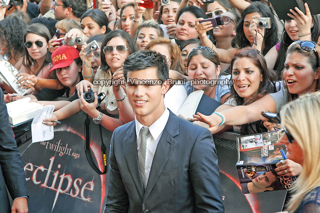 US actor Taylor Lautner chased by screaming fans during a promo event for the movie 'Eclipse, The Twilight Saga' in Rome, Italy on June 17, 2010.