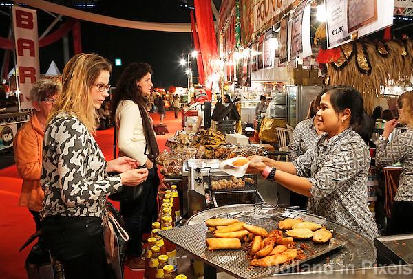 Nederland Amsterdam 2016 02 20.  Huishoudbeurs in de RAI. Azië Pasar Malam Hal.  Foto Berlinda van Dam / Hollandse Hoogte