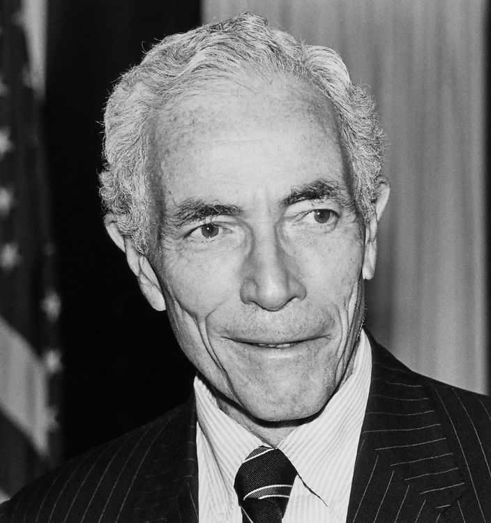 Close-up of Sen. Claiborne Pell, D-R.I., on Nov. 15, 1989. (Photo by Maureen Keating/CQ Roll Call)