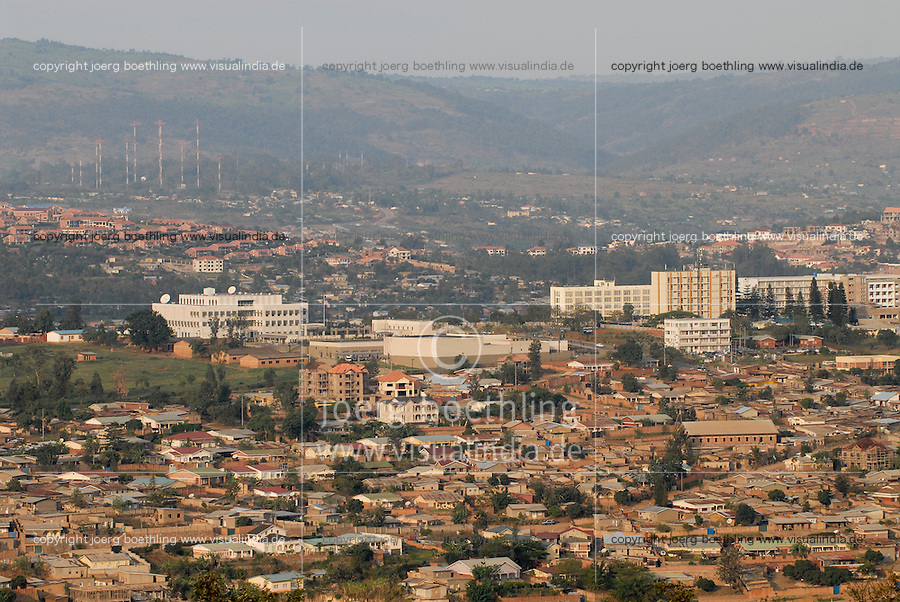 "Afrika Ruanda Kigali , Blick auf Stadt und Berge | .Africa Rwanda Kigali , view at city and mountain  .| [ copyright (c) Joerg Boethling / agenda , Veroeffentlichung nur gegen Honorar und Belegexemplar an / publication only with royalties and copy to:  agenda PG   Rothestr. 66   Germany D-22765 Hamburg   ph. ++49 40 391 907 14   e-mail: boethling@agenda-fototext.de   www.agenda-fototext.de   Bank: Hamburger Sparkasse  BLZ 200 505 50  Kto. 1281 120 178   IBAN: DE96 2005 0550 1281 1201 78   BIC: ""HASPDEHH"" ,  WEITERE MOTIVE ZU DIESEM THEMA SIND VORHANDEN!! MORE PICTURES ON THIS SUBJECT AVAILABLE!! ] [#0,26,121#]"