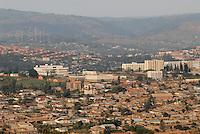 "Afrika Ruanda Kigali , Blick auf Stadt und Berge | .Africa Rwanda Kigali , view at city and mountain  .| [ copyright (c) Joerg Boethling / agenda , Veroeffentlichung nur gegen Honorar und Belegexemplar an / publication only with royalties and copy to:  agenda PG   Rothestr. 66   Germany D-22765 Hamburg   ph. ++49 40 391 907 14   e-mail: boethling@agenda-fototext.de   www.agenda-fototext.de   Bank: Hamburger Sparkasse  BLZ 200 505 50  Kto. 1281 120 178   IBAN: DE96 2005 0550 1281 1201 78   BIC: ""HASPDEHH"" ,  WEITERE MOTIVE ZU DIESEM THEMA SIND VORHANDEN!! MORE PICTURES ON THIS SUBJECT AVAILABLE!! ] [#0,26,121#]"