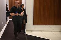 NEW YORK, NY, 14.02.2017. - KIM-KARDASHIAN - Kim Kardashian é vista chegando deixando a casa de Kanye West em Manhattan na cidade de New York nesta terça-feira, 14. (Foto: William Volcov/Brazil Photo Press)