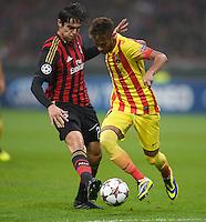 FUSSBALL  CHAMPIONS LEAGUE   SAISON 2013/2014   Vorrunde     AC Mailand - FC Barcelona       22.10.2013 Neymar (re, Barca) gegen Kaka (AC Mailand)