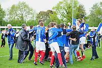 VOETBAL: SURHUISTERVEEN: Sportpark 't Ketting, 12-05-2012, Zaterdag 2e Klasse I, vv 't Fean '58 - SDS, Eindstand 2-1, Vreugde bij spelers, begeleiding en supporters na afloop van de wedstrijd, Edbert Groen (#11), Atze van der Veen (#12), Jan Ewoud Douwstra (#4), ©foto Martin de Jong