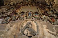 Europe/Italie/Emilie-Romagne/Bologne : Palais de l'Archiginnasio- Ecussons des étudiants XVI° siècle