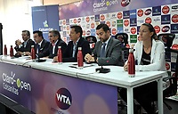 BOGOTA - COLOMBIA - 13 - 03 - 2018: Jahn Fontalvo (Izq.) de Gran Slam Producciones y Director General del Claro Colsanitas WTA 2018, Orlando Merlano (2 Izq.); Director del Instituto Distrital para la Recreación y el Deporte (IDRD); Frank Harb (3 Izq.), Vicepresidente Comercial de Colsanitas; Gabriel De Las Casas (3 Der.), Director de Comunicaciones de Claro, Afranio Restrepo (2 Der.), Subdirector de Coldeportes y Mariana Duque (Der.) deportista, durante la presentación del Claro Colsanitas WTA 2018 de tenis, que se realizara en las canchas del Club Los Lagartos en la ciudad de Bogota del 7 al 15 de abril de 2018. / Jahn Fontalvo (L) of Gran Slam Productions and General Director of Claro Colsanitas WTA 2018, Orlando Merlano (2 L); Director of the District Institute for Recreation and Sports (IDRD); Frank Harb (3 L), Commercial Vice President of Colsanitas; Gabriel De Las Casas (3 R), Communications Director of Claro, Afranio Restrepo (2 R), Deputy Director of Coldeportes and Mariana Duque (R) player, during the presentation of the Claro Colsanitas WTA 2018 of Tennis Championships, to be held in the courts of the Club Los Lagartos in Bogota city, from 7 to April 15, 2018. Photo: VizzorImage / Luis Ramirez / Staff.