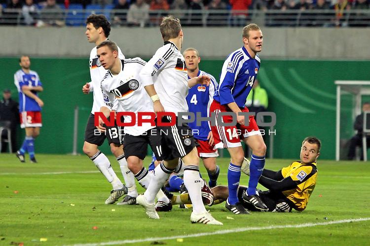 L&permil;nderspiel<br /> WM 2010 Qualifikatonsspiel Qualificationmatch Leipzig 28.03.2009 Zentralstadion Gruppe 4 Group Four <br /> <br /> Deutschland ( GER ) - Liechtenstein ( LIS )<br /> <br /> Tor duch Lukas Podolski (#10 FC Bayern M&cedil;nchen Deutsche Nationalmannschaft).<br /> <br /> Foto &copy; nph (  nordphoto  )<br />  *** Local Caption ***