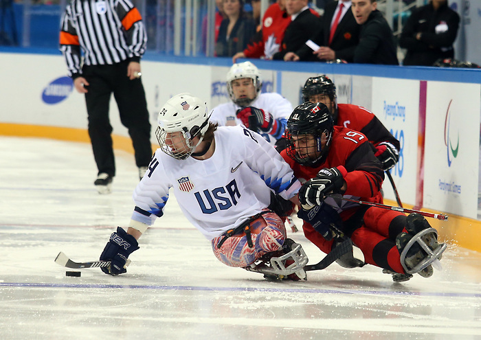 Pyeongchang, Korea, 18/3/2018-Dom Cozzolino compete in the gold medal ice game against the USA during the 2018 Paralympic Games. Photo: Scott Grant/Canadian Paralympic Committee.
