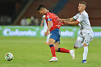 MEDELLÍN - COLOMBIA .04-04-2019:German Cano (Izq.)  jugador del Independiente Medellín disputa el balón contra Juan David Rodriguez ( Der.) jugador del Once Caldas durante partido por la fecha 13 de la Liga Águila I 2019 jugado en el estadio Atanasio Girardot de la ciudad de Medellín. /German Cano (L) player of Independiente Medellin  fights the ball agaisnt of Juan David Rodriguez(R)  player of Once Caldas  during the match for the date 13 of the Liga Aguila I 2019 played at the Atanasio Girardot  Stadium in Medellin  city. Photo: VizzorImage /León Monsalve / Contribuidor.